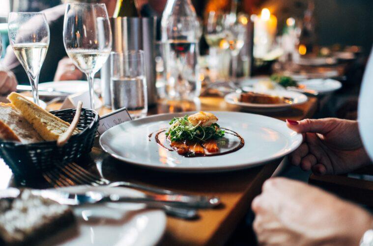 restaurant eating
