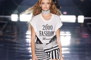 Dolce & Gabbana Spring '22 Show References JLo and Y2K.
