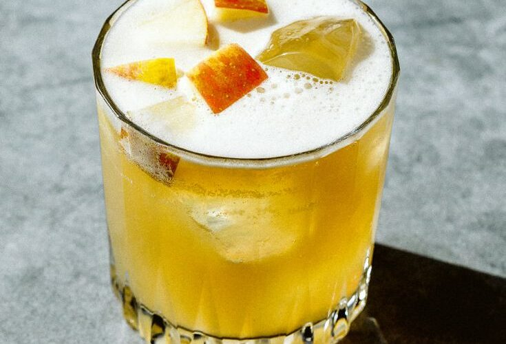 Summer Cocktails To Try Before Summer Ends