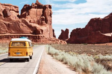 Tips For An Affordable Fall Road Trip